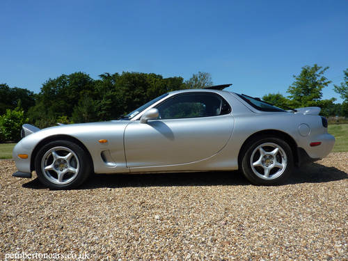 for sale 1995 mazda rx 7 coupe 2 6 twin turbo silver rare uk model classic cars hq. Black Bedroom Furniture Sets. Home Design Ideas