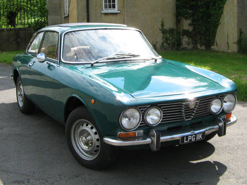 ads british classic cars for sale 1972 alfa romeo 2000 gtv. Cars Review. Best American Auto & Cars Review