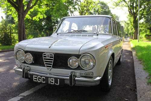 for sale 1970 alfa romeo giulia super 2 0l twin spark 185bh classic cars hq. Black Bedroom Furniture Sets. Home Design Ideas