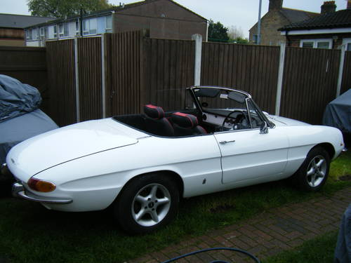 For Sale ALFA ROMEO SPIDER DUETTO RHD Fitted - Classic alfa romeo spider for sale