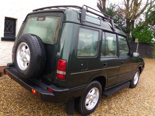 for sale lhd left hand drive land rover discovery 300tdi diesel auto 1998 classic cars hq. Black Bedroom Furniture Sets. Home Design Ideas