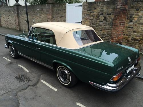 for sale mercedes 280 se 3 5 convertible 1970 classic. Black Bedroom Furniture Sets. Home Design Ideas