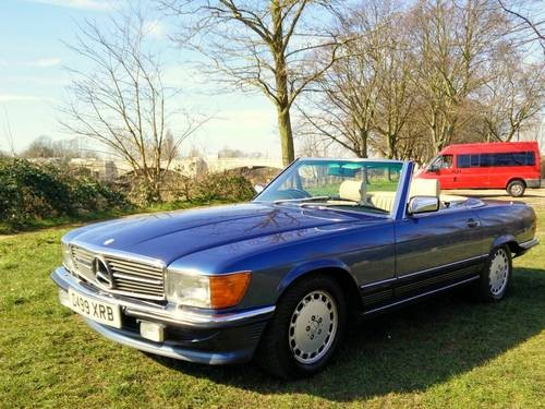 For sale 1986 navy blue mercedes r107 300sl classic for Navy blue mercedes benz
