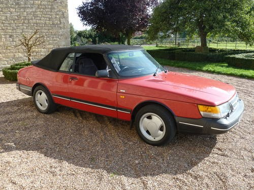 for sale saab 900i 1991 classic convertible low mileage classic cars hq. Black Bedroom Furniture Sets. Home Design Ideas