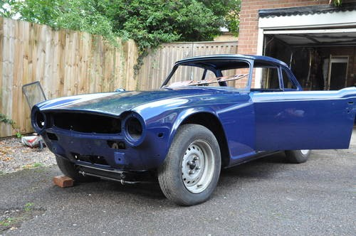 for sale superb unfinished tr6 project 1974 classic cars hq. Black Bedroom Furniture Sets. Home Design Ideas