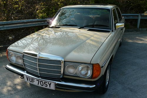 For sale mercedes benz w123 230e 1982 classic cars hq for Mercedes benz w123 for sale