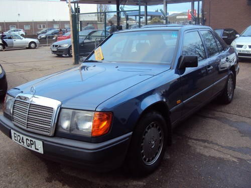For sale mercedes benz 230e w124 series e class 999 for Mercedes benz 230e