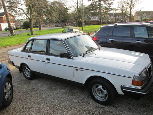 Classic 1988 Volvo 240 GL Saloon for Sale - Dyler