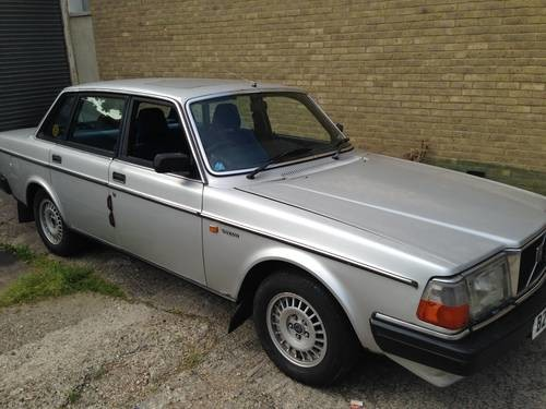 For Sale  U2013 1984 Volvo 240 Gle 2 3 Saloon 2 Previous Owners