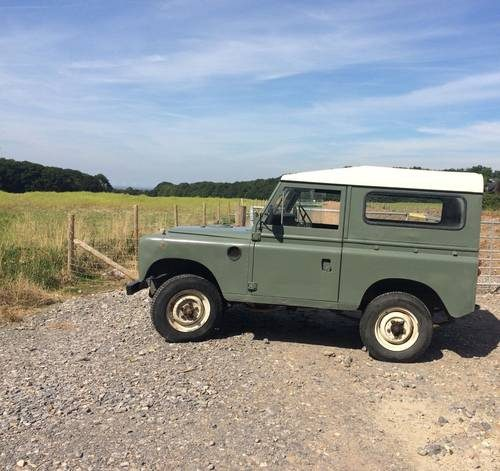 For Sale – LAND ROVER 88 Series 3 1975