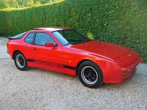 for sale porsche 944 2 5 1985 guards red with pasha classic cars hq. Black Bedroom Furniture Sets. Home Design Ideas