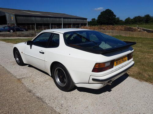 for sale 1985 porsche 928 s2 5 speed manual 140000 miles classic cars hq. Black Bedroom Furniture Sets. Home Design Ideas