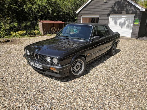 For Sale – 1989 BMW E30 325i convertible – one of best in UK